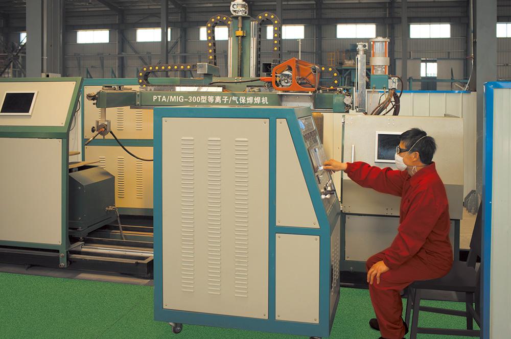 PTA/MIG-300型等离子气体保护自动焊机